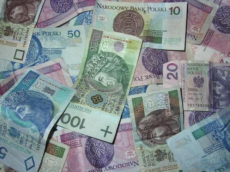 Legalne granie w pokera w Polsce. STS poker online