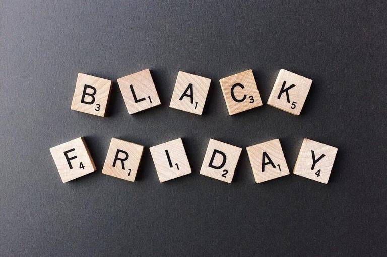 "Darmowe bonusy od bukmachera Fortuna na ""Black Friday"""